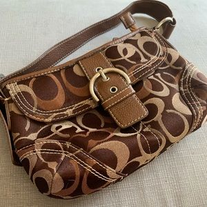 Coach signature small brown swinger bag
